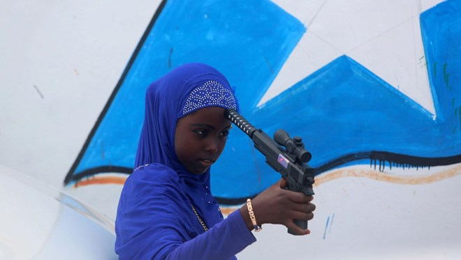 The favorite Eid gift for Somalia's children: toy guns